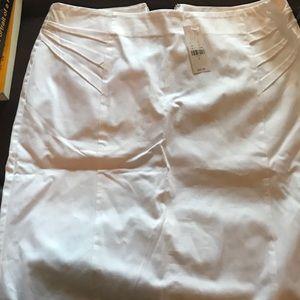 White NY & Co. skirt